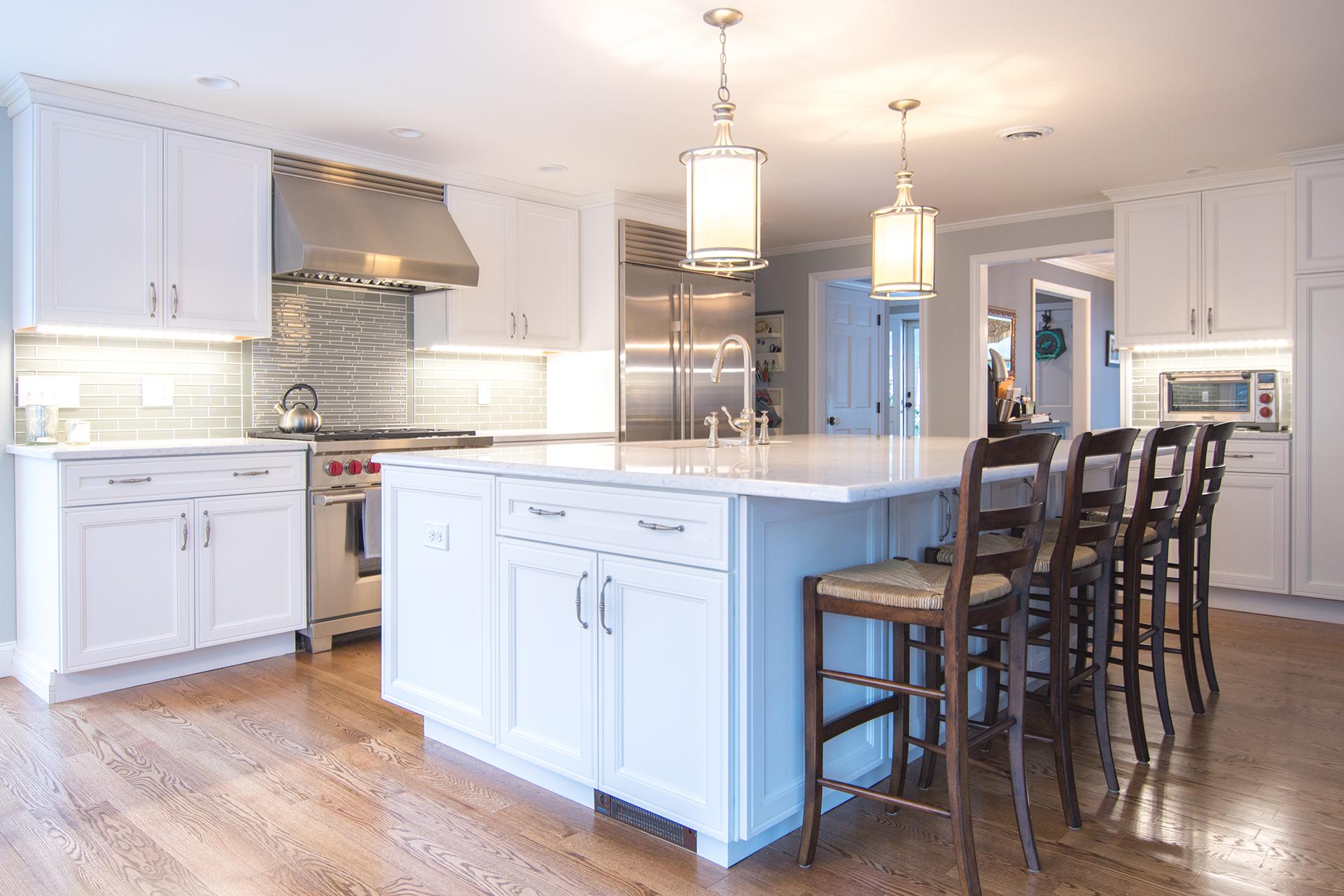 nice lighting in new kitchen